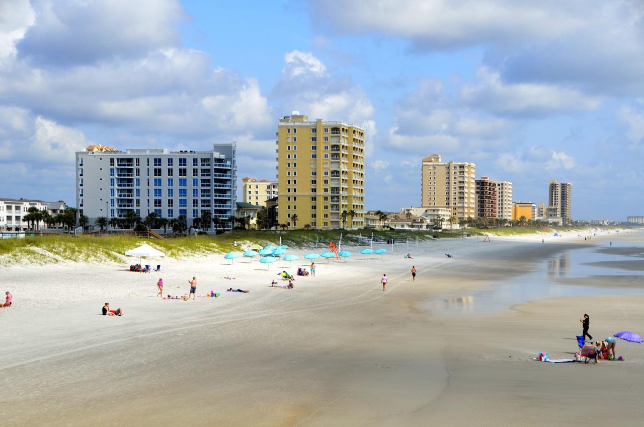 Купить квартиру на море плюсы и минусы покупка недвижимости в дубае